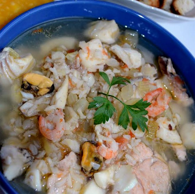 Ear soup with fish and seafood