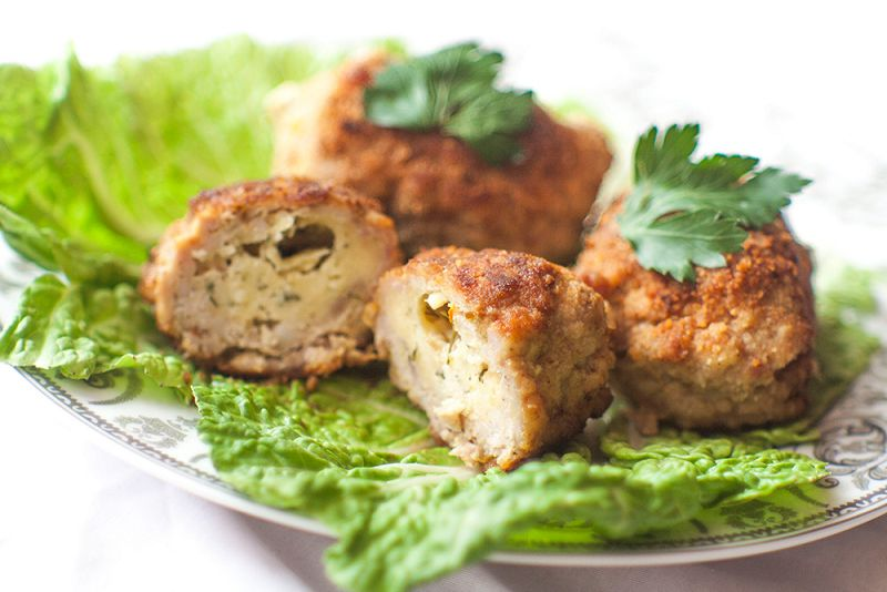Cutlets from minced chicken with cheese and herbs