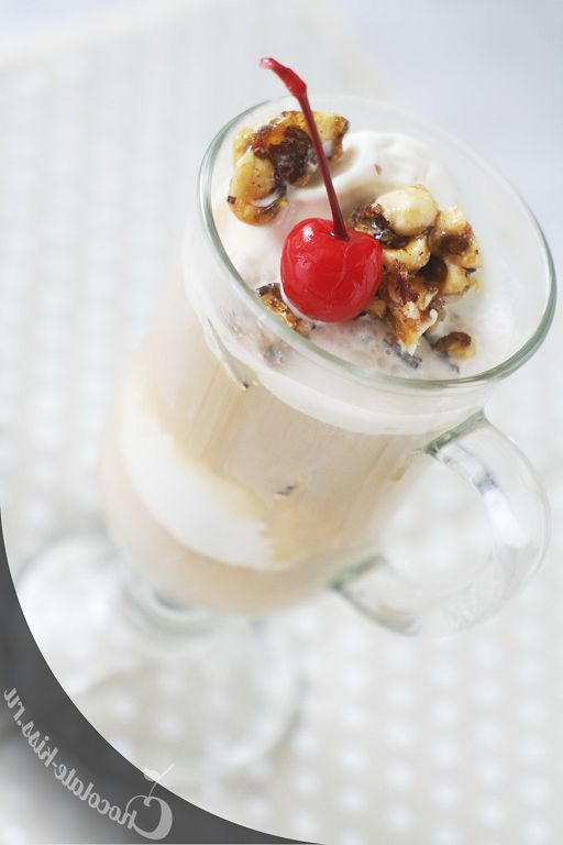 Ice cream with nuts and espresso from Jamie Oliver