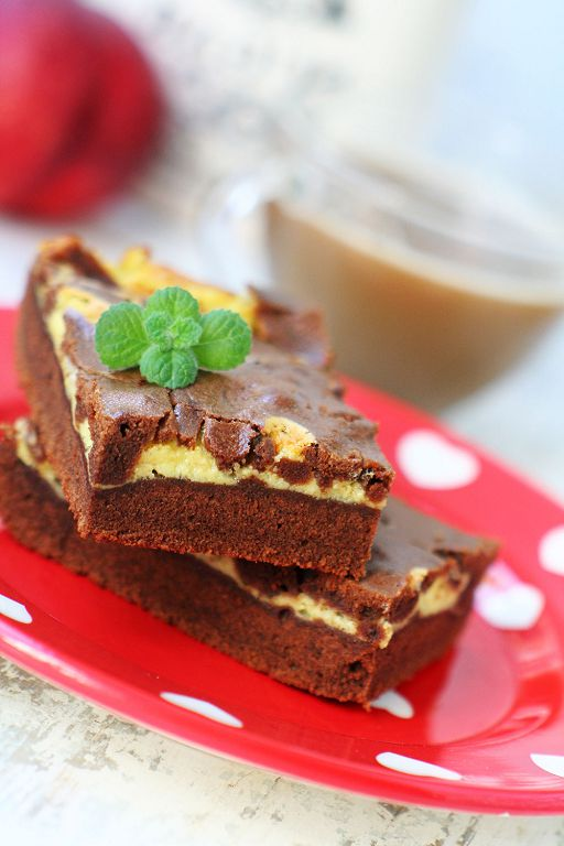 Coffee brownies with mascarpone