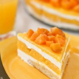 Cake with curd cream and dried apricots