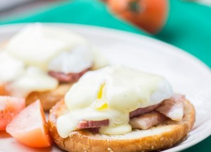 Eggs «Benedict» + recipe for hollandaise sauce